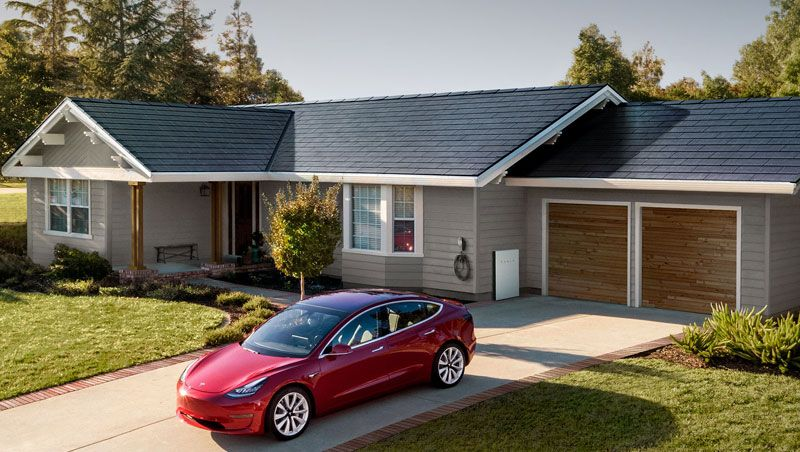 Acoperisurile solare Tesla: de la valva lansarii la realitatea prezentului