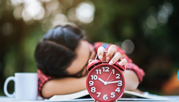 12 moduri de a invinge procrastinarea