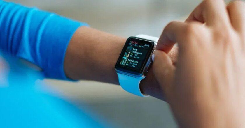 Care sunt cele mai importante caracteristici ale unui smartwatch?