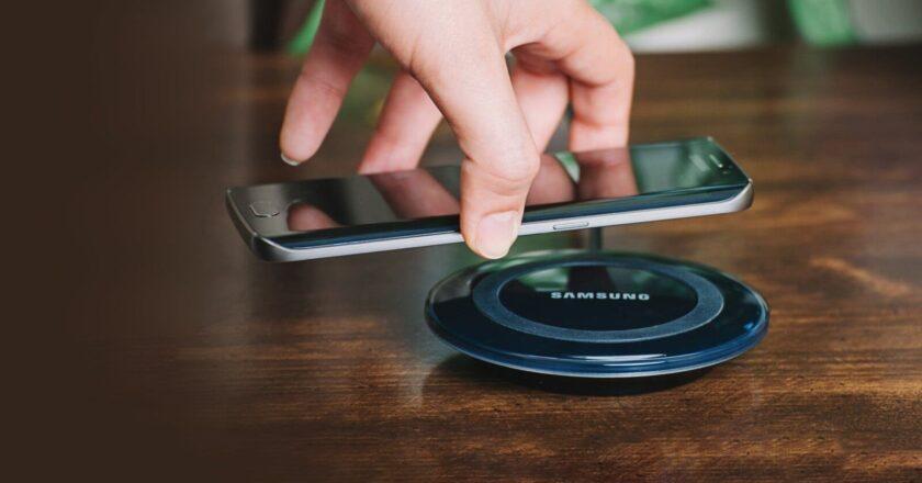 Cum se incarca wireless smartphone-urile?