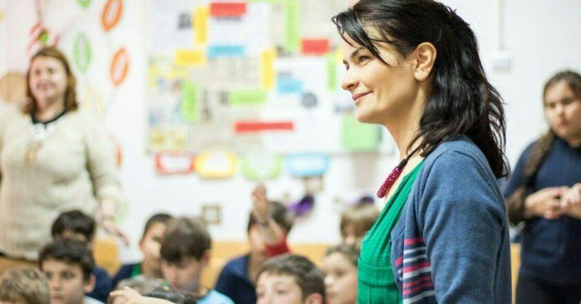 De ce ii lasa parintii pe copii la afterschool?