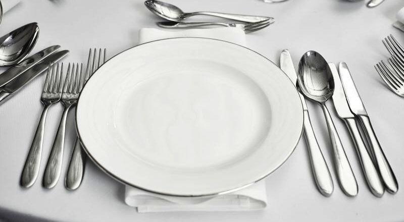 Importanta tacamurilor in momentul in care servim masa