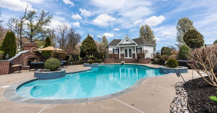 Cum alegi o piscina potrivita pentru tine?