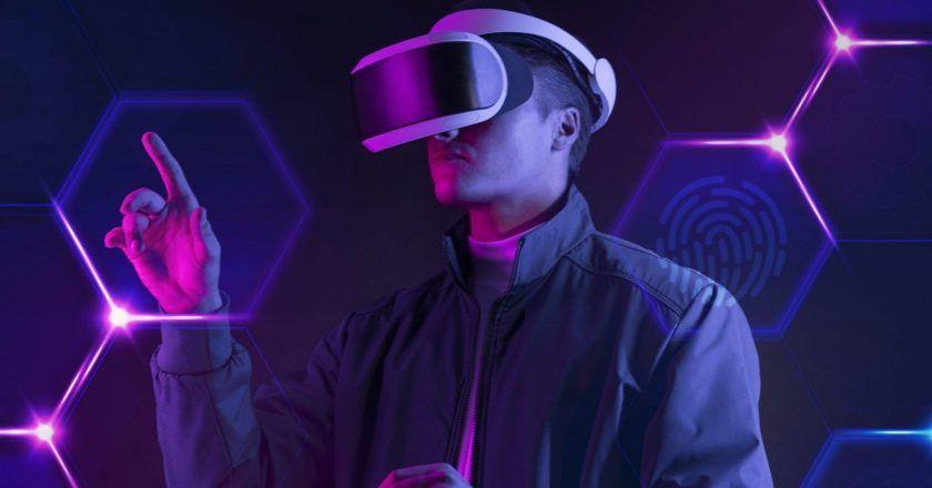 Realitatea virtuala este copilul alb si bogat al tehnologiei